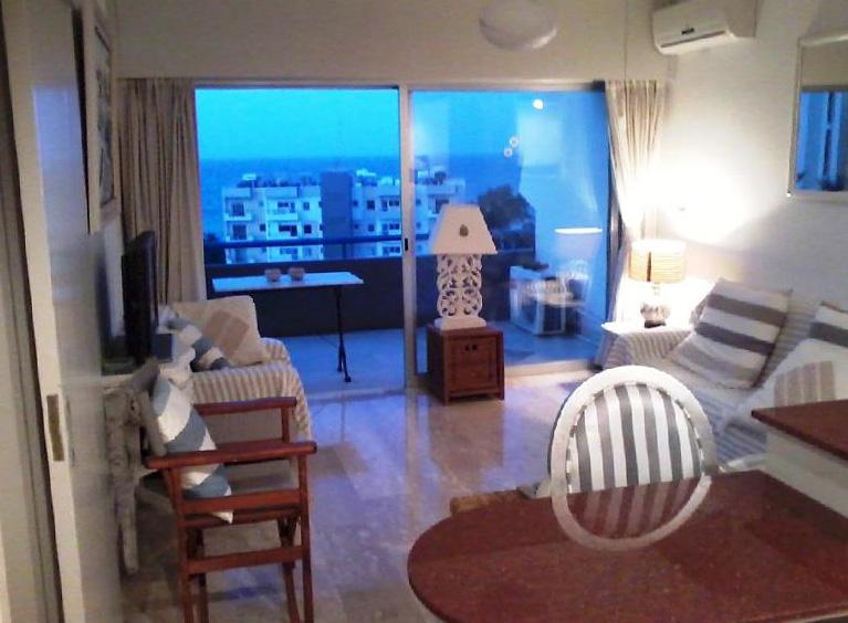 Апартаменты-люкс в Лимассоле на 2 этаже