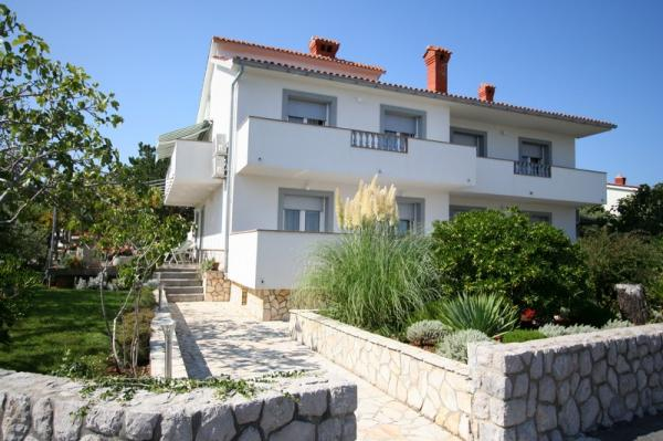 Апартаменты в Хорватии на острове Крк