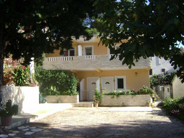 Апартаменты 9849 Хвар, Хорватия